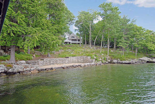 Additional photo for property listing at 78 Spruce Road  Wolfeboro, New Hampshire 03894 United States