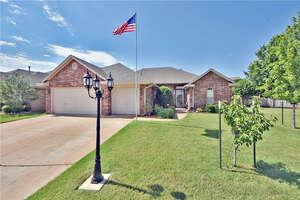 Featured Property in Edmond, OK 73012