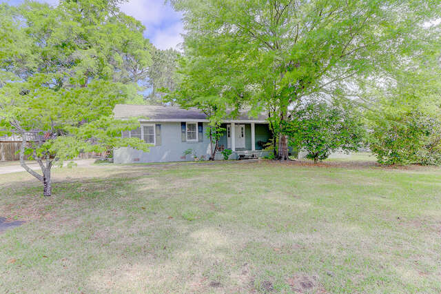 Single Family for Sale at 1352 Erckmann Drive Mount Pleasant, South Carolina 29464 United States