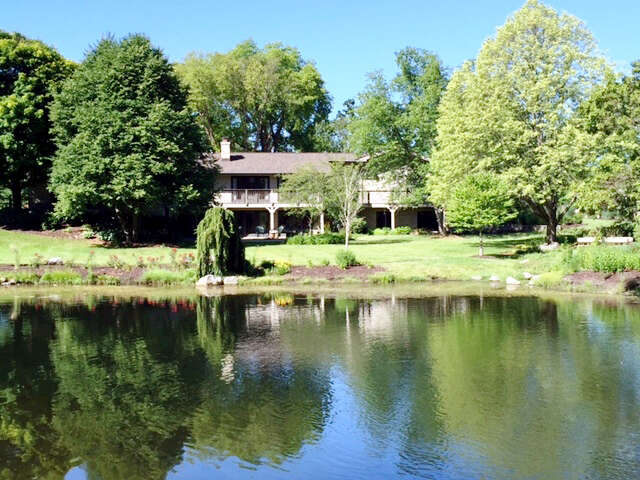 Single Family for Sale at 7510 Mason Hill Road Bull Valley, Illinois 60050 United States