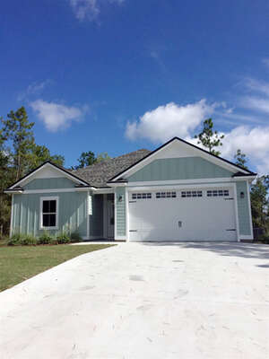 Featured Property in Crawfordville, FL