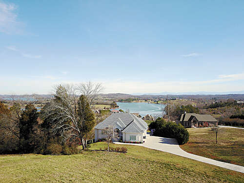 Single Family for Sale at 4011 Tidewater Rd Louisville, Tennessee 37777 United States