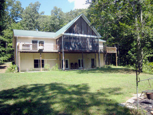 Featured Property in COOKEVILLE, TN,
