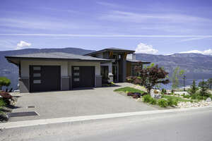 Featured Property in Lake Country, BC V4V 2T4