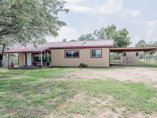 Featured Property in HORSESHOE BAY, TX, 78657