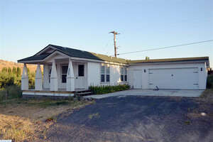 Featured Property in Mesa, WA 99343