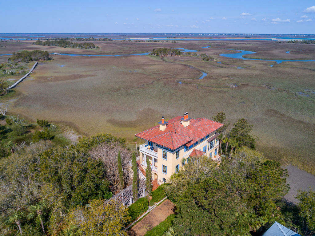 Single Family for Sale at 24 Seagrass Lane Isle Of Palms, South Carolina 29451 United States