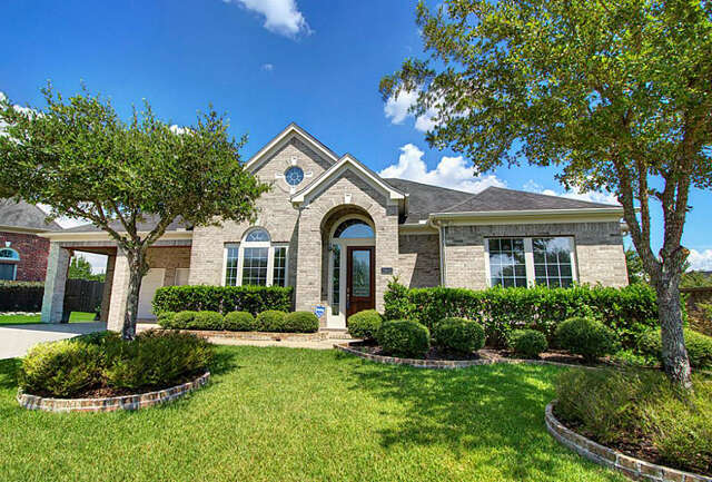 Featured Property in RICHMOND, TX, 77406