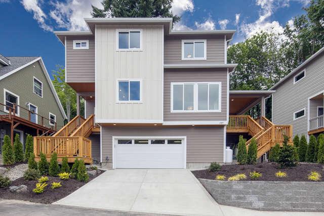 Single Family for Sale at 1584 Devenny Ave NE Bainbridge Island, Washington 98110 United States