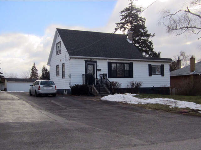 Real Estate for Sale, ListingId:42743294, location: 113 Allan St Whitby L1N 3S8