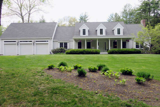 Single Family for Sale at 47 Amesbury Road Kensington, New Hampshire 03833 United States