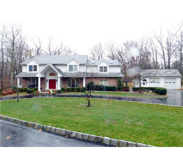 Single Family for Sale at 119 Old Beekman Road Monmouth Junction, New Jersey 08852 United States