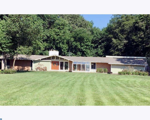 Single Family for Sale at 349 Tom Brown Road Moorestown, New Jersey 08057 United States