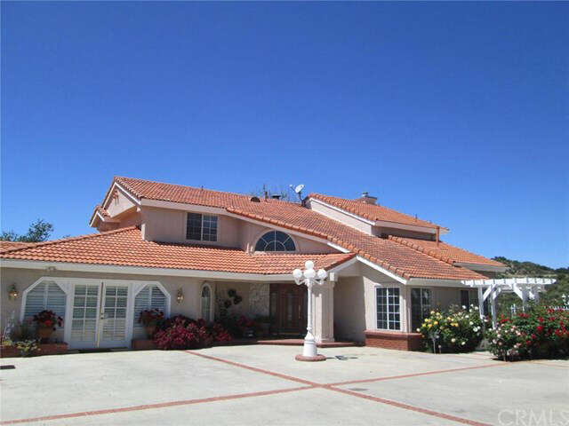 Single Family for Sale at 8945 Oak Creek Road Cherry Valley, California 92223 United States