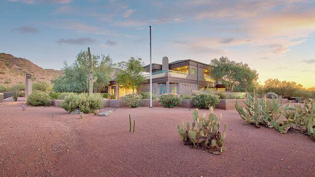 Single Family for Sale at 4337 E Fanfol Drive Phoenix, Arizona 85028 United States