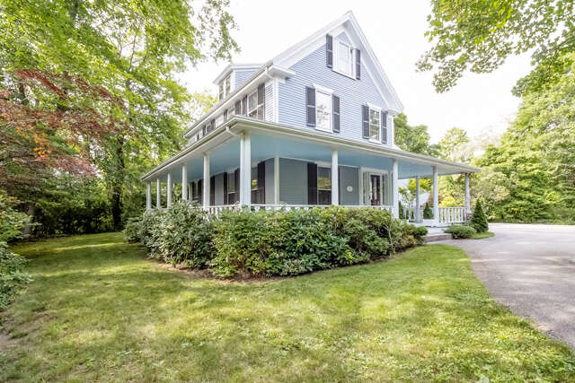 Single Family for Sale at 7 Jarves St Sandwich, Massachusetts 02563 United States