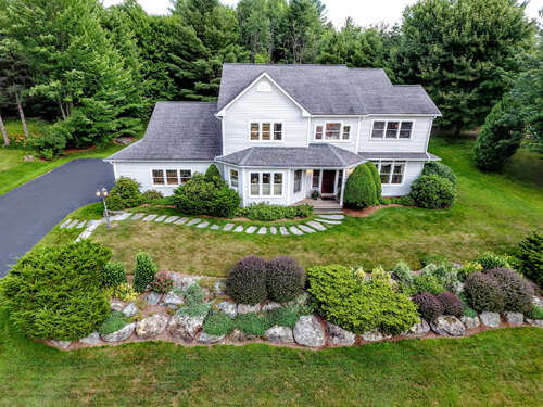 Single Family for Sale at 74 Hillcrest Lane Williston, Vermont 05495 United States