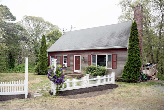 Single Family for Sale at 282 Mill Hill Road South Chatham, Massachusetts 02659 United States