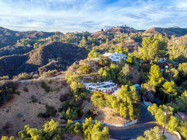 Single Family for Sale at 2016 Mount Prospect Drive Topanga, California 90290 United States