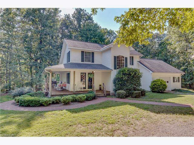 Single Family for Sale at 1154 Landrum Road Columbus, North Carolina 28722 United States