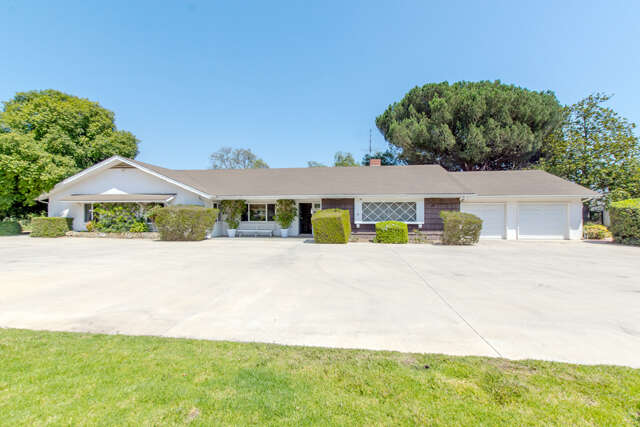 Single Family for Sale at 5526 La Cumbre Road Somis, California 93066 United States