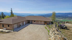 Featured Property in Kelowna, BC V1P 1A4