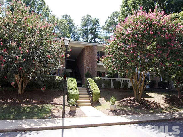 Featured Property in RALEIGH, NC, 27612
