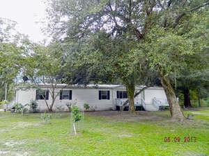 Featured Property in Brooksville, FL 34604
