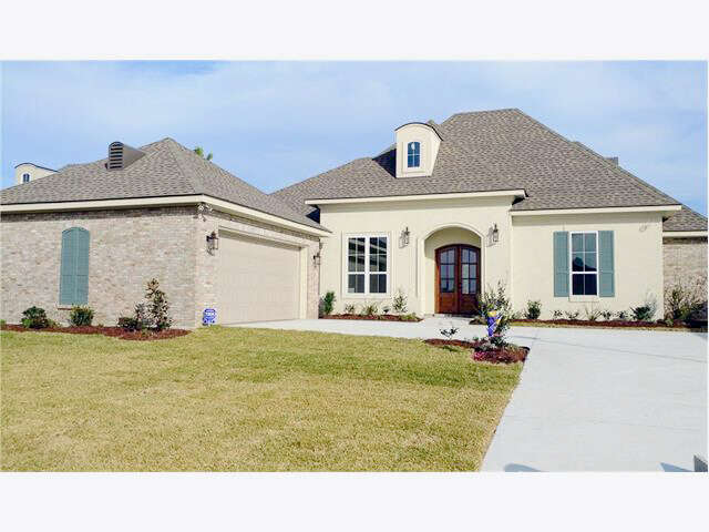 Single Family for Sale at 157 Dogwood Dr Kenner, Louisiana 70065 United States