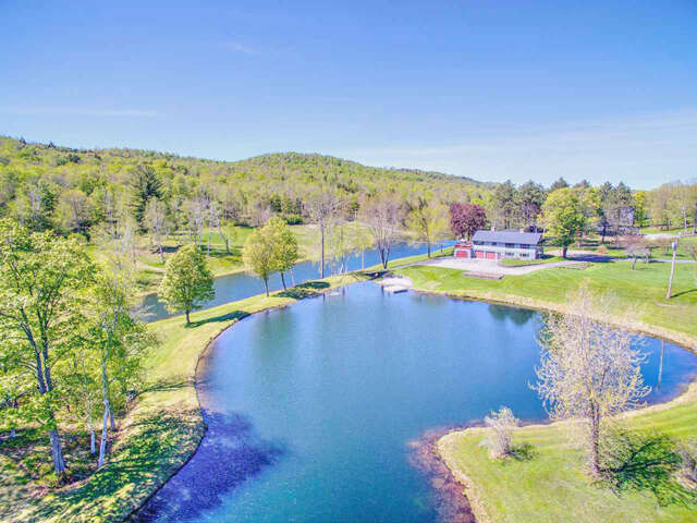 Single Family for Sale at 1539 Gulf Road Barnard, Vermont 05031 United States