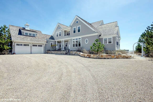 Single Family for Sale at 356 Great Island Road West Yarmouth, Massachusetts 02673 United States