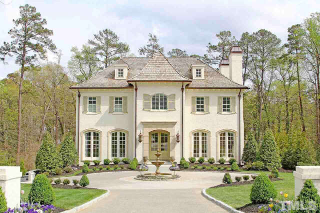 Single Family for Sale at 2714 Cambridge Road Raleigh, North Carolina 27608 United States