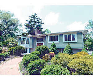 Featured Property in Milltown, NJ 08850