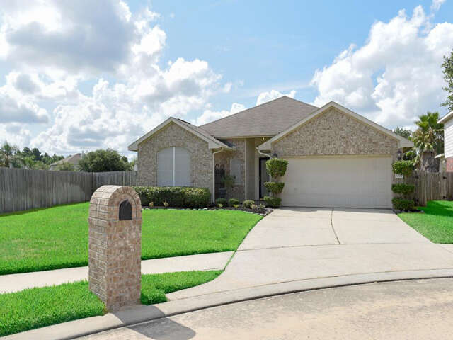 Featured Property in SPRING, TX, 77388