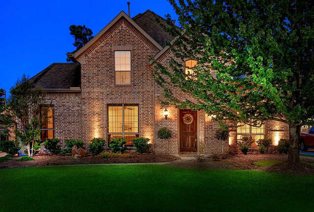 Single Family for Sale at 15 Mohawk Path Place The Woodlands, Texas 77389 United States