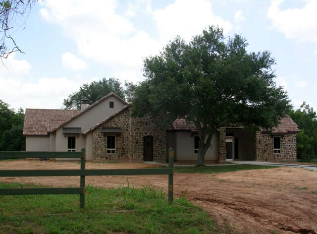 Featured Property in FULSHEAR, TX, 77441