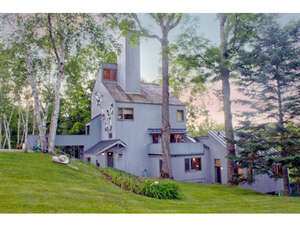 Featured Property in Londonderry, VT 05148