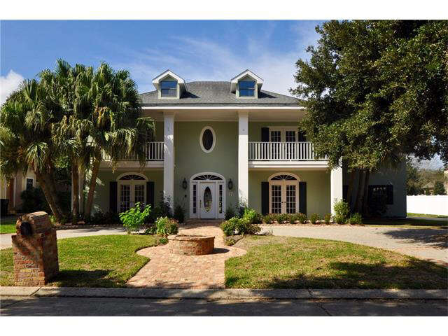 Single Family for Sale at 17 Chateau Haut Brion Drive Kenner, Louisiana 70065 United States