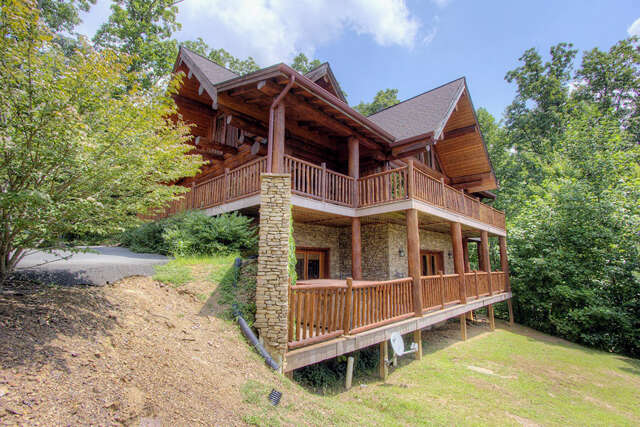 Single Family for Sale at 315 Whippoorwill Road Gatlinburg, Tennessee 37738 United States