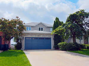 Featured Property in Orangeville, ON L9W 4M3