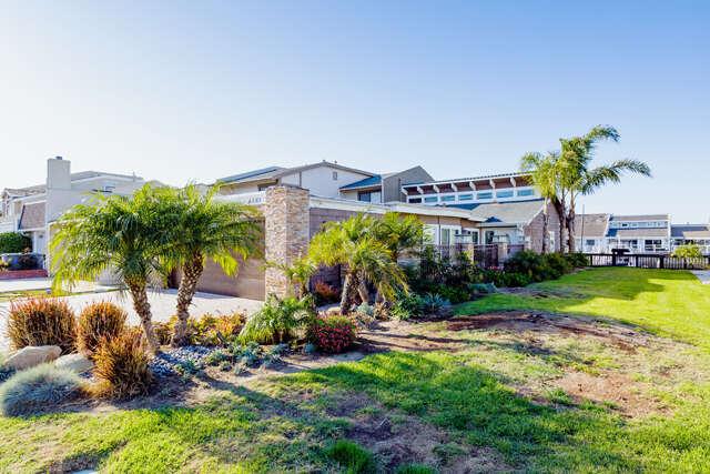 Single Family for Sale at 4551 Falkirk Bay Oxnard, California 93035 United States