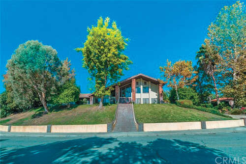 Single Family for Sale at 1943 Country Club Drive Redlands, California 92373 United States