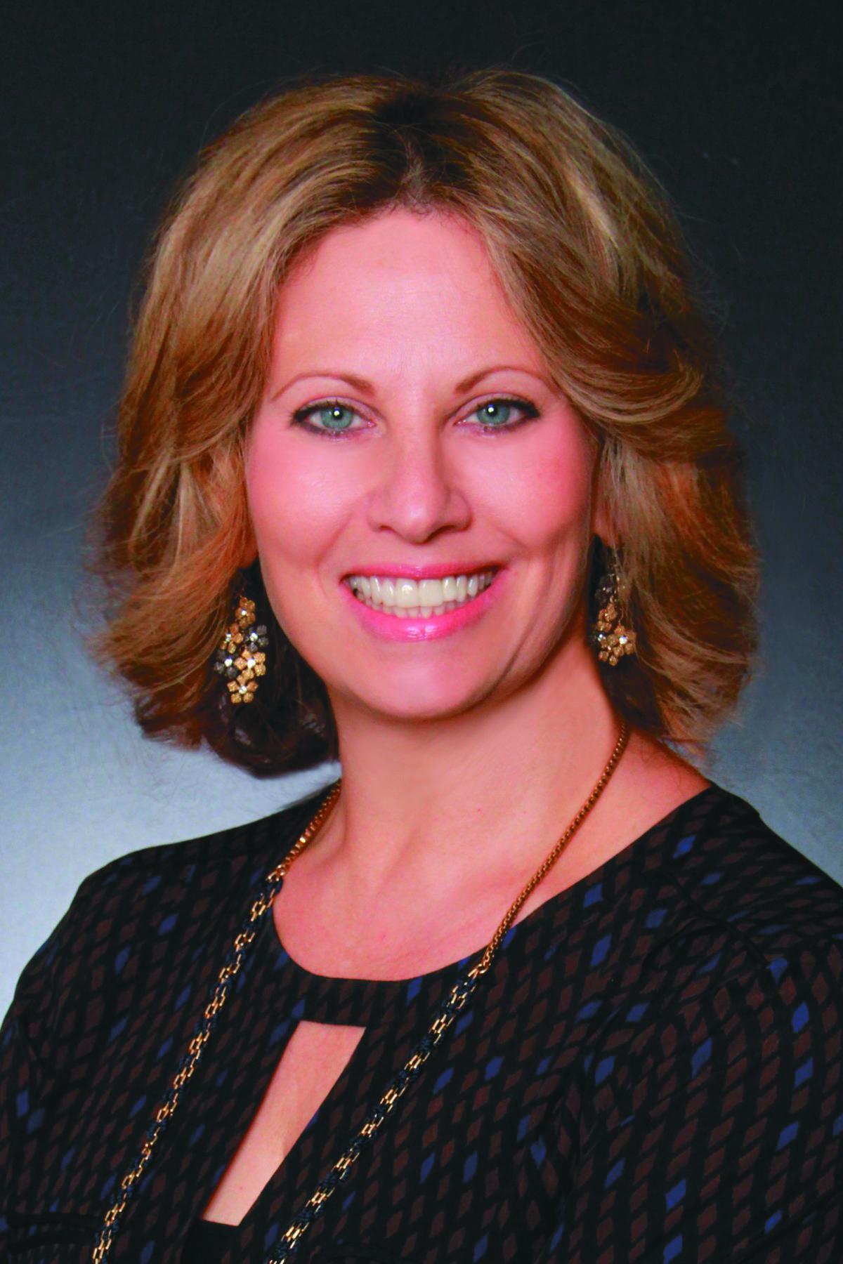 Julie Tache