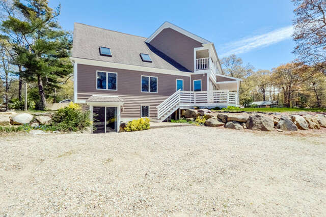 Single Family for Sale at 152 Edgewater West Drive East Falmouth, Massachusetts 02536 United States