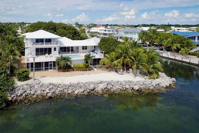 Single Family for Sale at 213 Plantation Drive Plantation Key, Florida 33070 United States