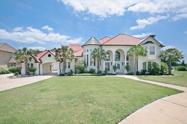 Single Family for Sale at 205 Crystal Court Heath, Texas 75032 United States
