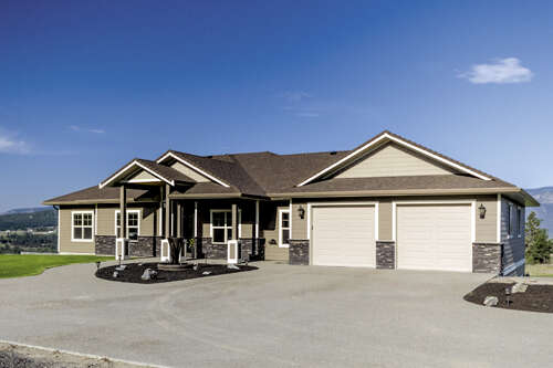 Featured Property in LAKE COUNTRY, BC, V4V 2A4
