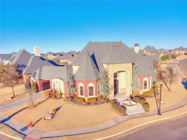 Single Family for Sale at 13116 Lorien Way Oklahoma City, Oklahoma 73170 United States