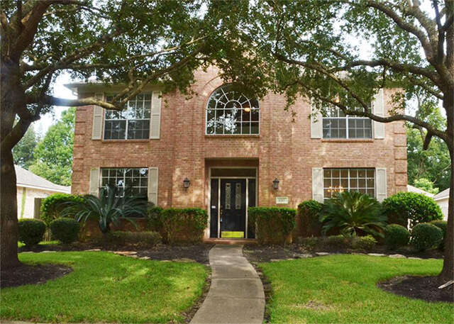 Featured Property in MISSOURI CITY, TX, 77459