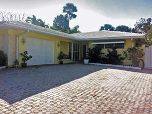 Featured Property in Boca Raton, FL 33432